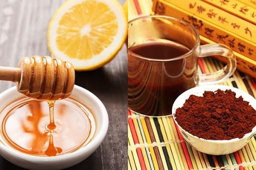 Cách tẩy tế bào chết cho môi bằng mật ong và cà phê